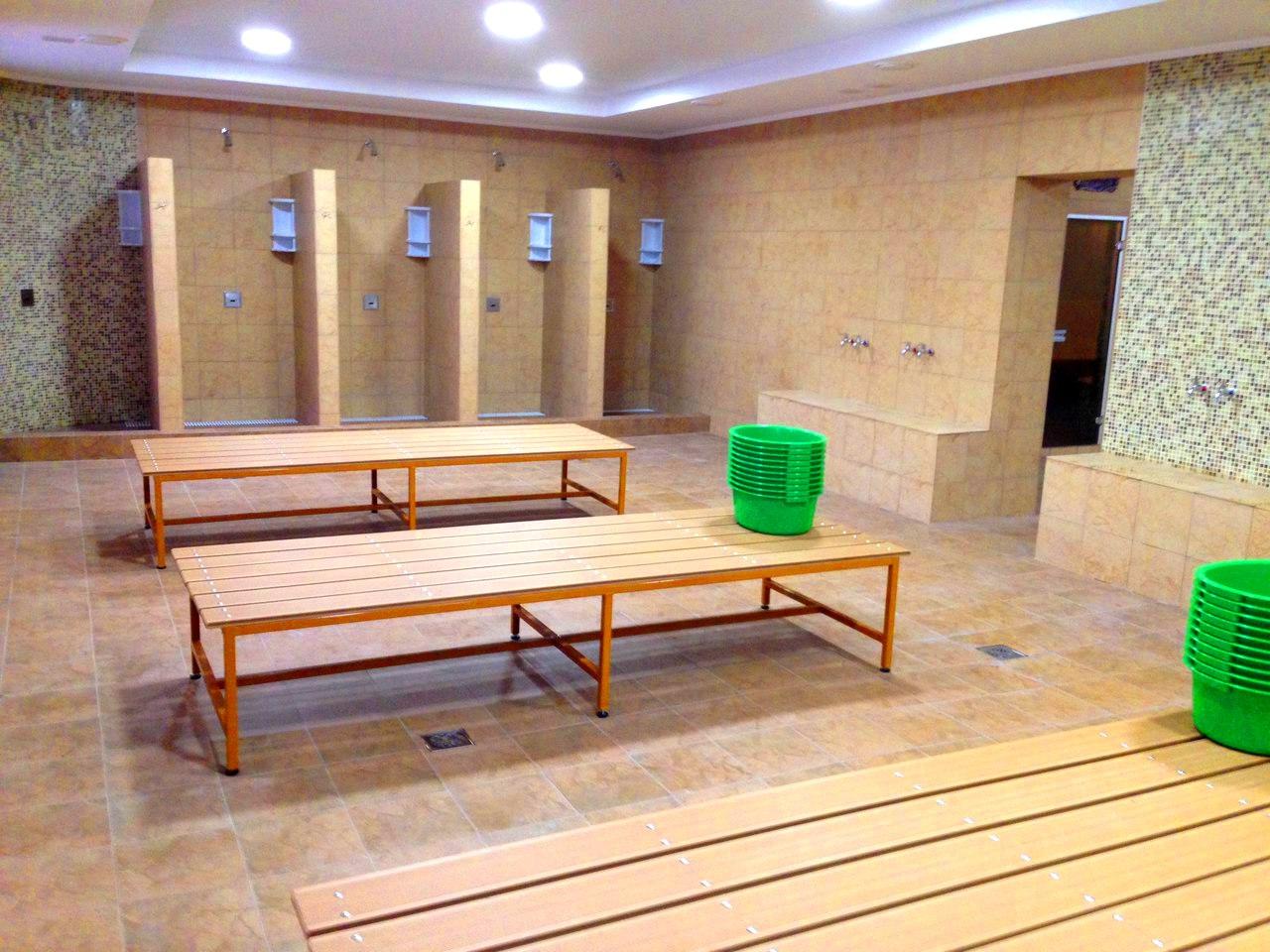 Смотреть бесплатно общая мужская баня 6 фотография